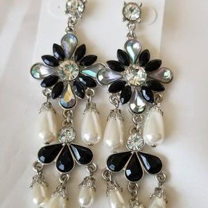 Silver tone chandelier earrings with pearls